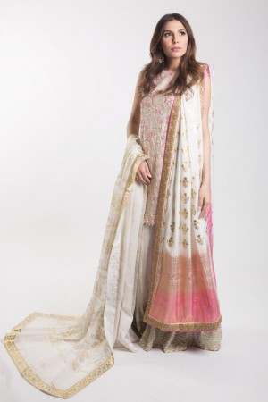WHITE EMBROIDERED KAMEEZ